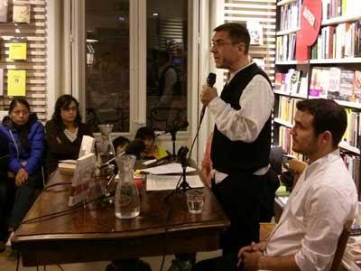 Juan Carlos Monedero durante la presentación.- La Central