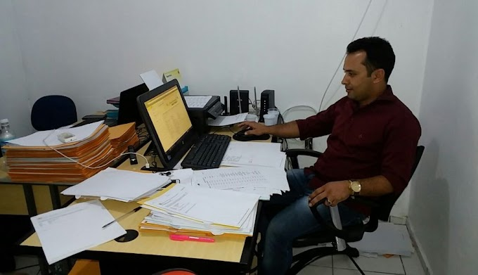 VERGONHA: Prefeito Arquimedes Bacelar inicia gestão atrasando salários dos servidores de Afonso Cunha