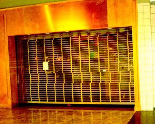 Empty Store 3