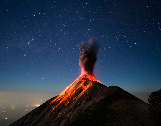 Interesting Photo of the Day: Erupting Volcano Under the Starry Night Sky