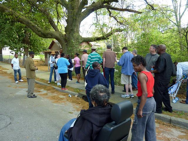P1060120-2012-03-25-English-Avenue-Historic-Westside-Phoenix-Flies-APC-baptismal-creek-full