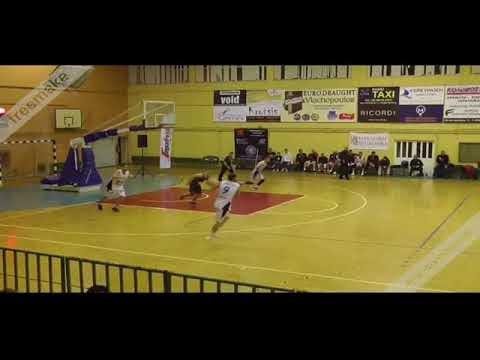 Στιγμιότυπα από τον αγώνα Φαίακας Κέρκυρας-ΓΕ Αγρινίου για την Γ΄ Εθνική ανδρών