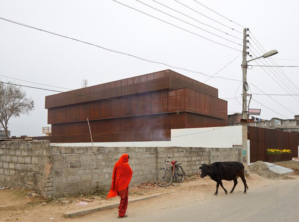 Ну очень необычный дом в Индии