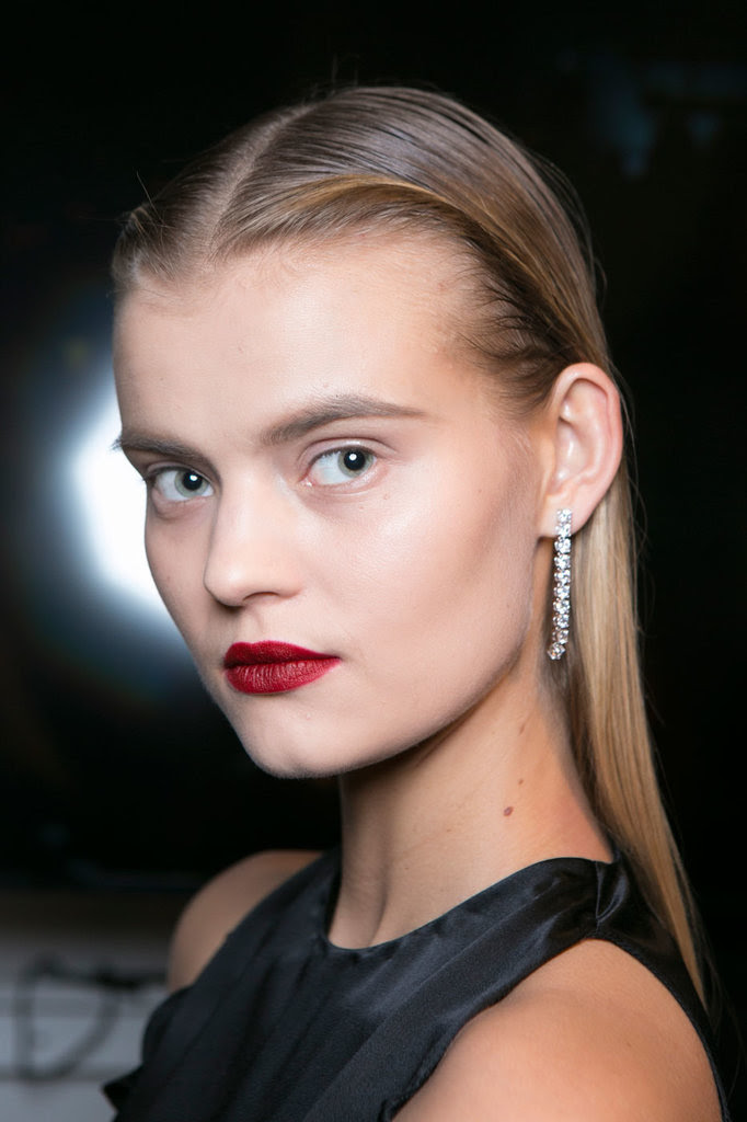 2016 Fall / Winter 2017 Hairstyles - Looks On The Runway ...