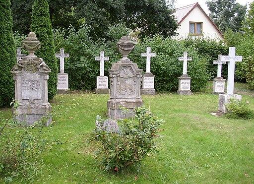 Plaenitz Rathenow Grabkreuze