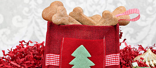 11 Christmas Dog Treat Recipes