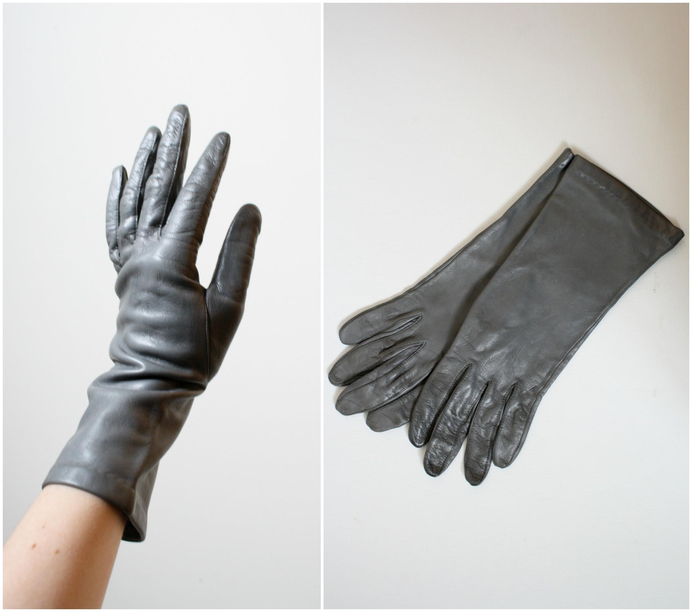 vintage driving gloves