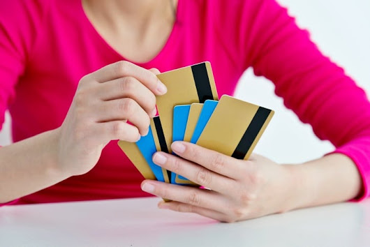 Michigan Consumers Should Know the Risks of Credit Card Churning