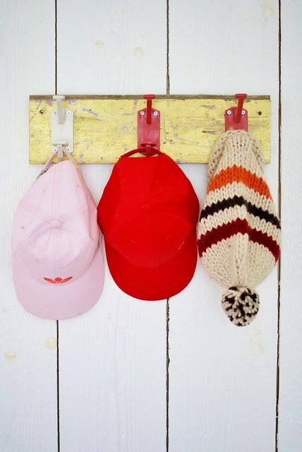 hats & caps peg