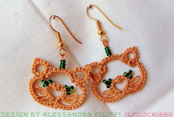 Kittens tatted earrings Tatting lace Beaded by Ilfilochiaro, €9.00