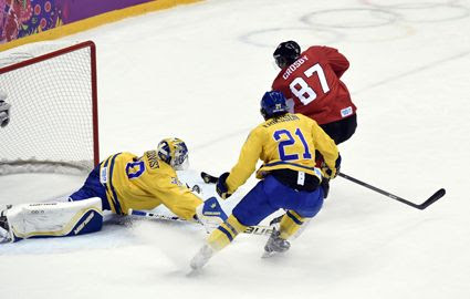 Canada gold Crosby photo Crosbygoal.jpg