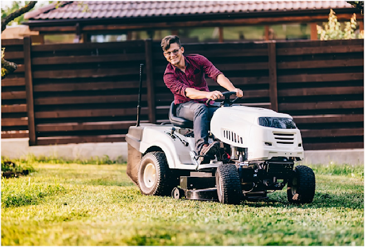 Purchase Ride On Lawn Mowers And Reap Plenty Of Benefits