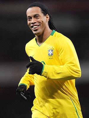 Ronaldinho Gaúcho é convocado e volta à Seleção após nove meses