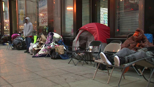 Fans line up for new Air Jordans 3 days early