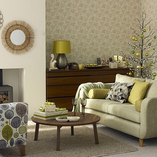 Olive green Christmas living room | Decorating ...