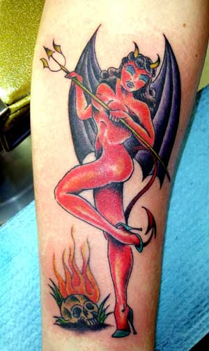 Concsehstoupin Tattoos Of Pin Up Girls