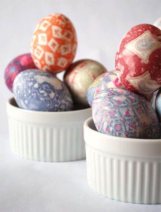 Βάψτε τα πασχαλινά αβγά χρησιμοποιώντας... γραβάτες! (23)