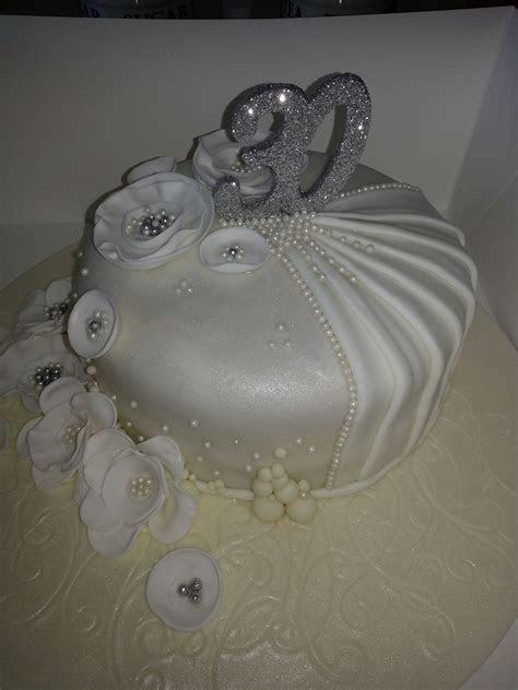 30th Wedding Anniversary Cake Pearl Wedding   Pearl