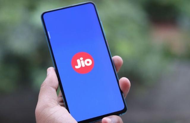 Jio Prepaid Recharge Plan: जियो का 75 रुपये का यह प्लान एयरटेल के प्लान से काफी फायदेमंद, मिलेगा सब कुछ अनलिमिटेड