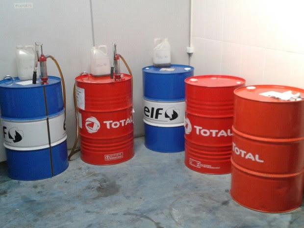 Mais de 10 mil litros de óleo lubrificante foi furtado. (Foto: Divulgação / Polícia Cívil)