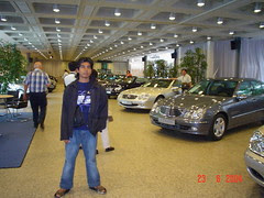 Dalam Mercedes Benz Museum, Stuttgart, Germany