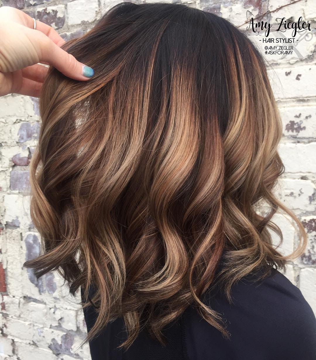 10 Trendy Brown Balayage Hairstyles for MediumLength Hair 2019