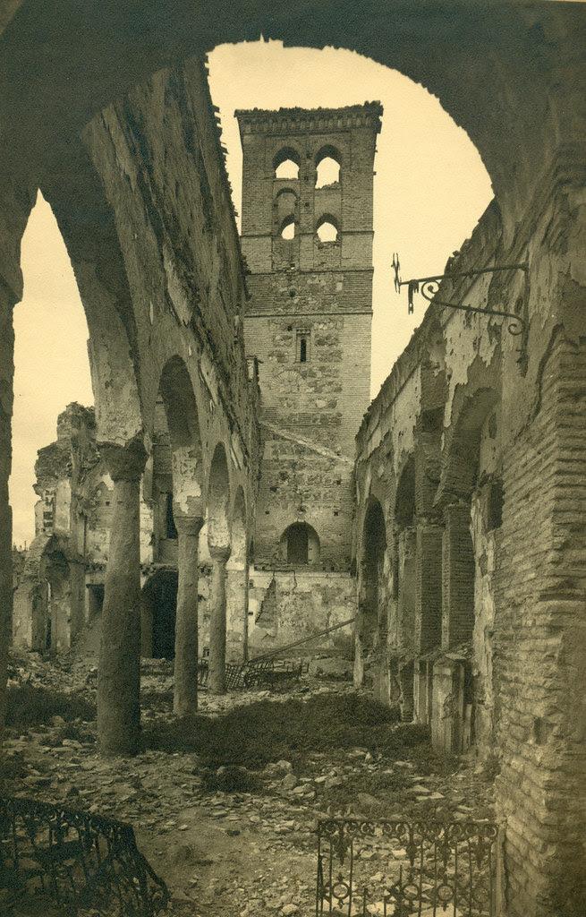 Iglesia de la Magdalena destruida en la Guerra Civil. Fotografía de Pelayo Mas Castañeda. Causa de los mártires de la persecución religiosa en Toledo