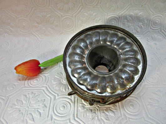 Vintage Spring Form Cake Pan Mold Ribbed Baking by ozarksfinds