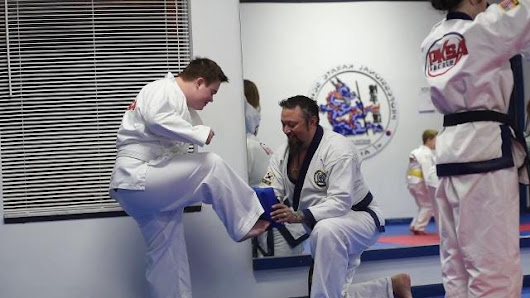 Karate class helps kids with disabilities