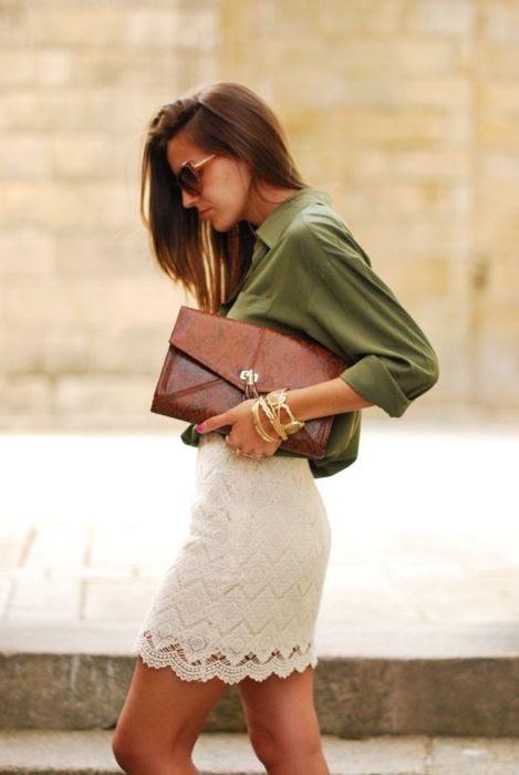 Lace pencil skirt. Classic.