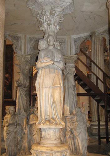 47-Column Statues