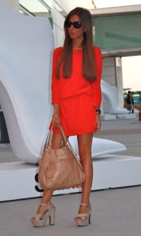 adore it all...the sleek hair, the sunglasses, the long sleeve mini dress, the nude platforms & bag...sigh