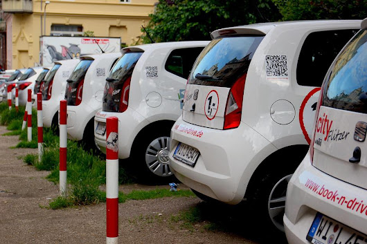 Car-Sharing Service Using Hydrogen Fuel Cell Vehicles Launched in Germany