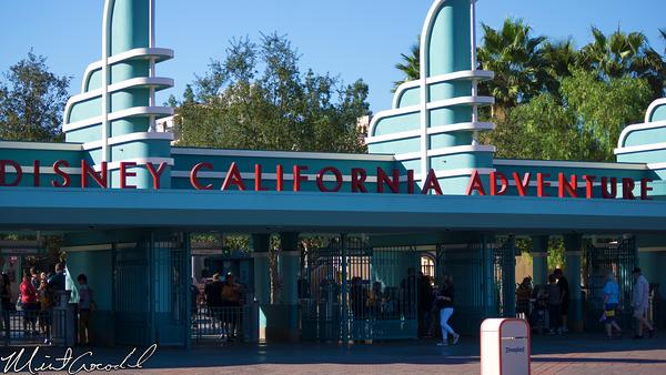 Disneyland Resort, Disney California Adventure, Buena Vista Steet