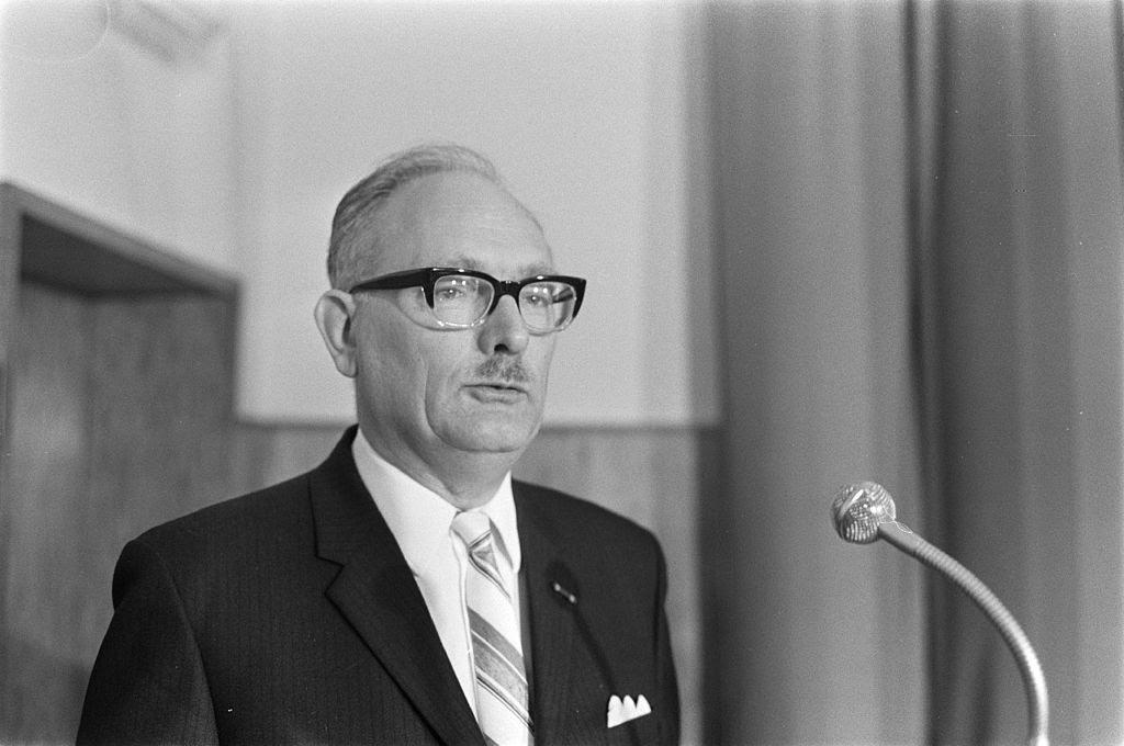 IMG JOHAN VAN HULST, Who Saved 600 Jewish Children from the Nazis