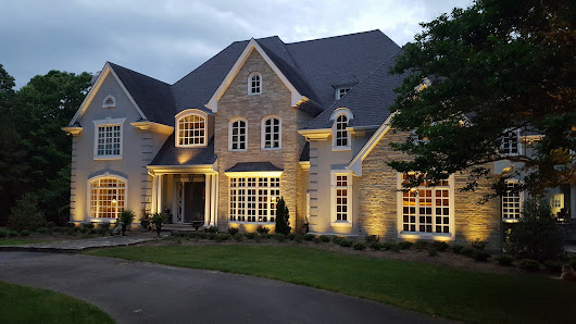 Architectural Lighting Brings Your Raleigh, NC, Home to Life at Night | Outdoor Lighting Perspectives