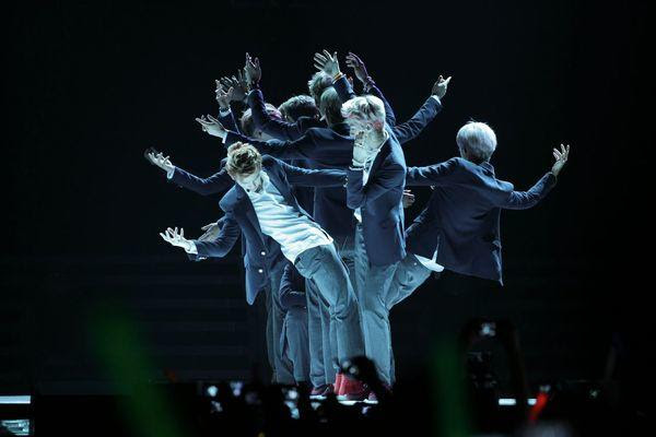 exo wolf at kcon 2013