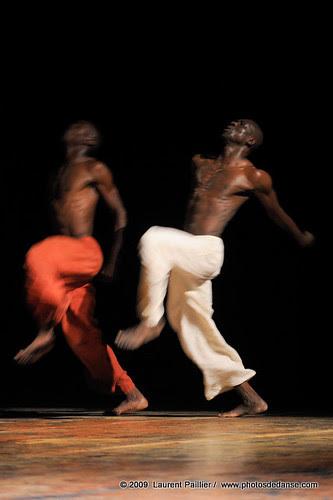 POUSSIERES DE SANG de Salia SANOU et Seydou BORO
