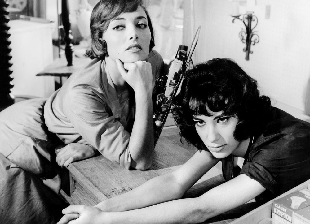 StŽéphane Audran avec Bernadette Lafont dans Les Bonnes Femmes de Claude Chabrol (1959)