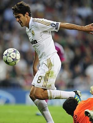 Mano chama Kaká e deixa 'brasileiros' fora dos jogos contra Gabão e Egito