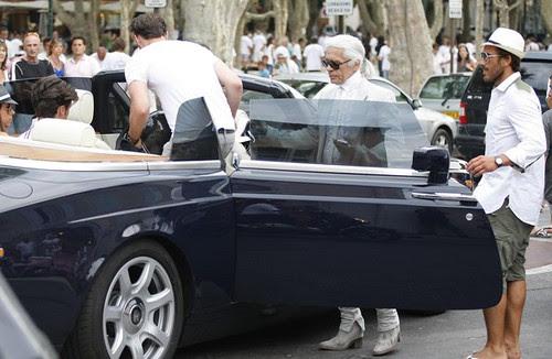 Karl+Lagerfeld+Out+St+Tropez+h_StWuN237cl