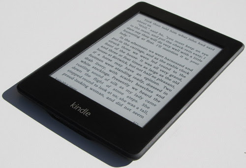 http://blog.the-ebook-reader.com/wp-content/uploads/2012/10/kindle-paperwhite-angle.jpg