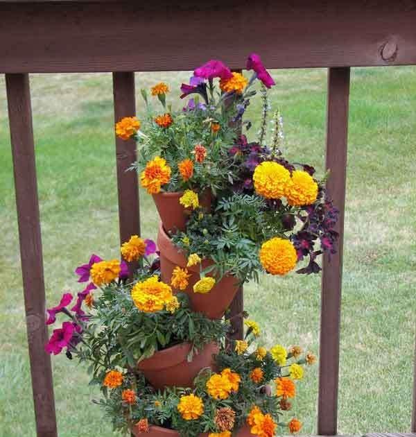 Home interior design strange angels floating plant pots for Floating plant pots