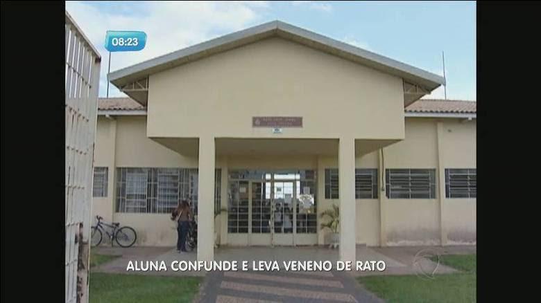 Uma aluna do 5º ano de uma escola municipal de Avaré, interior de São Paulo, levou na mochila um frasco com veneno granulado, mais conhecido como 'chumbinho'. Ela disse que pensou se tratar de confeitos para bolo e distribuiu para outros colegas de classe
