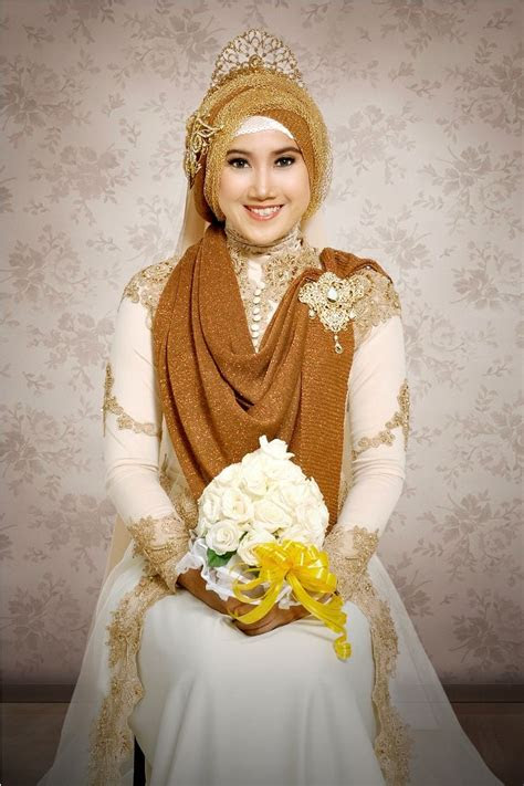 gambar desain baju pengantin muslimah  anggun proyek