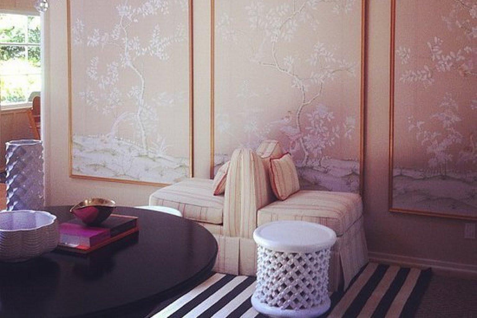 Top 16 Benefits of Hiring an Interior Designer or ...