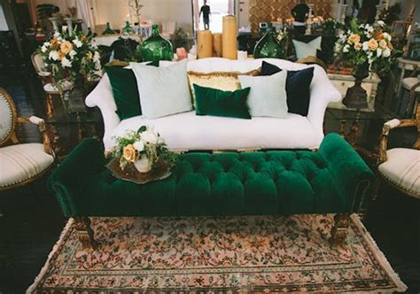 Emerald Green & Mustard Yellow Wedding Inspiration