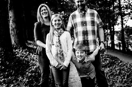 Family Portraits at the Carl Sandburg Home | Hendersonville Portrait Photographers