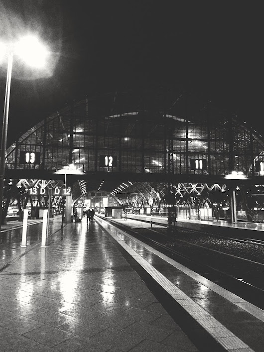 #Claudio #station #travel #platform #rain #leipzig #evening #blackandwhite #bw #europe