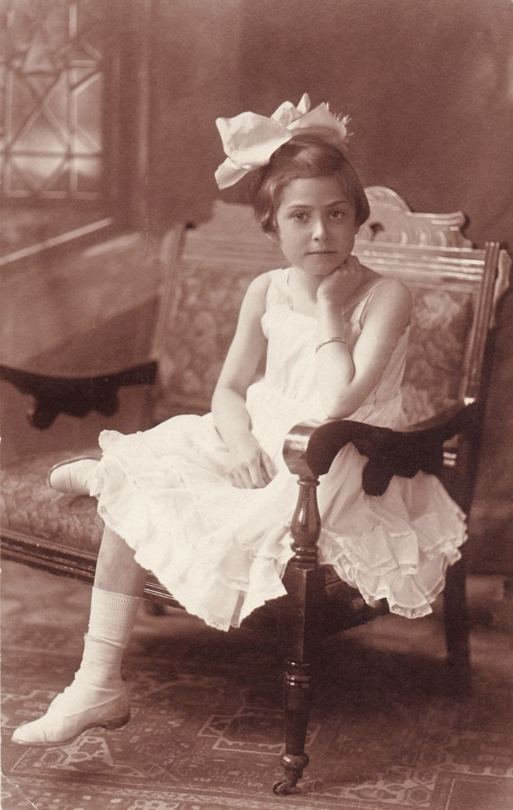 +~+~ Antique Photograph ~+~+  Sweet girl poise.